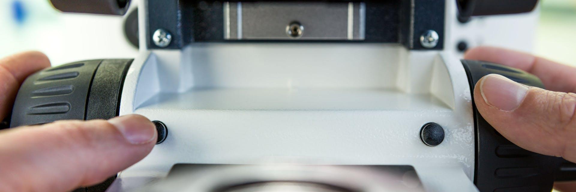 ZEISS luxoptic axioscope 5 smart microscope